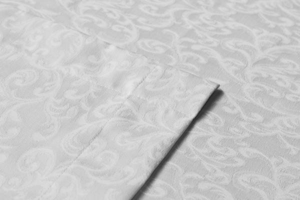 Classical Damask Table Cloth White